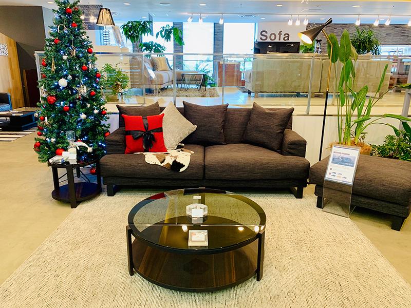 ツリーを飾って華やかに♪クリスマス仕様のお台場店をご紹介します!